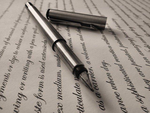 La escritura mejora el bienestar de las personas con Alzheimer